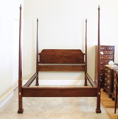 Queen Mahogany Pencil Post Four Poster Bed