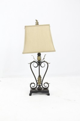 Iron Leaf Lamp
