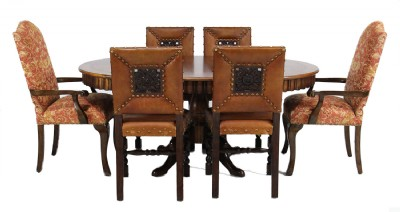 Inlaid Scalloped Edge Dinig Table & Chairs