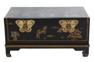 Asian Leathertop Trunk on Stand