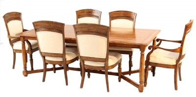 Bausman & Company Dining Table & Chairs